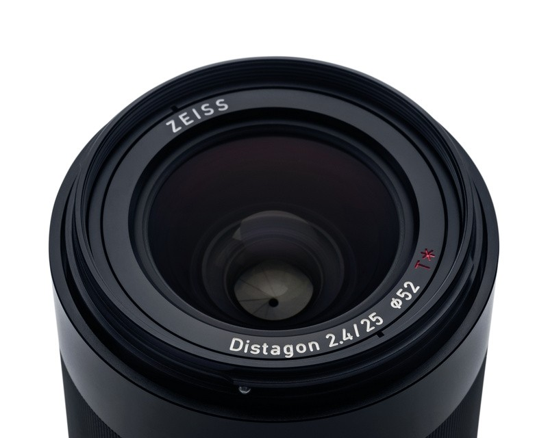 Zeiss Loxia 25mm F2 4 Distagon T Lens Sony E Mount